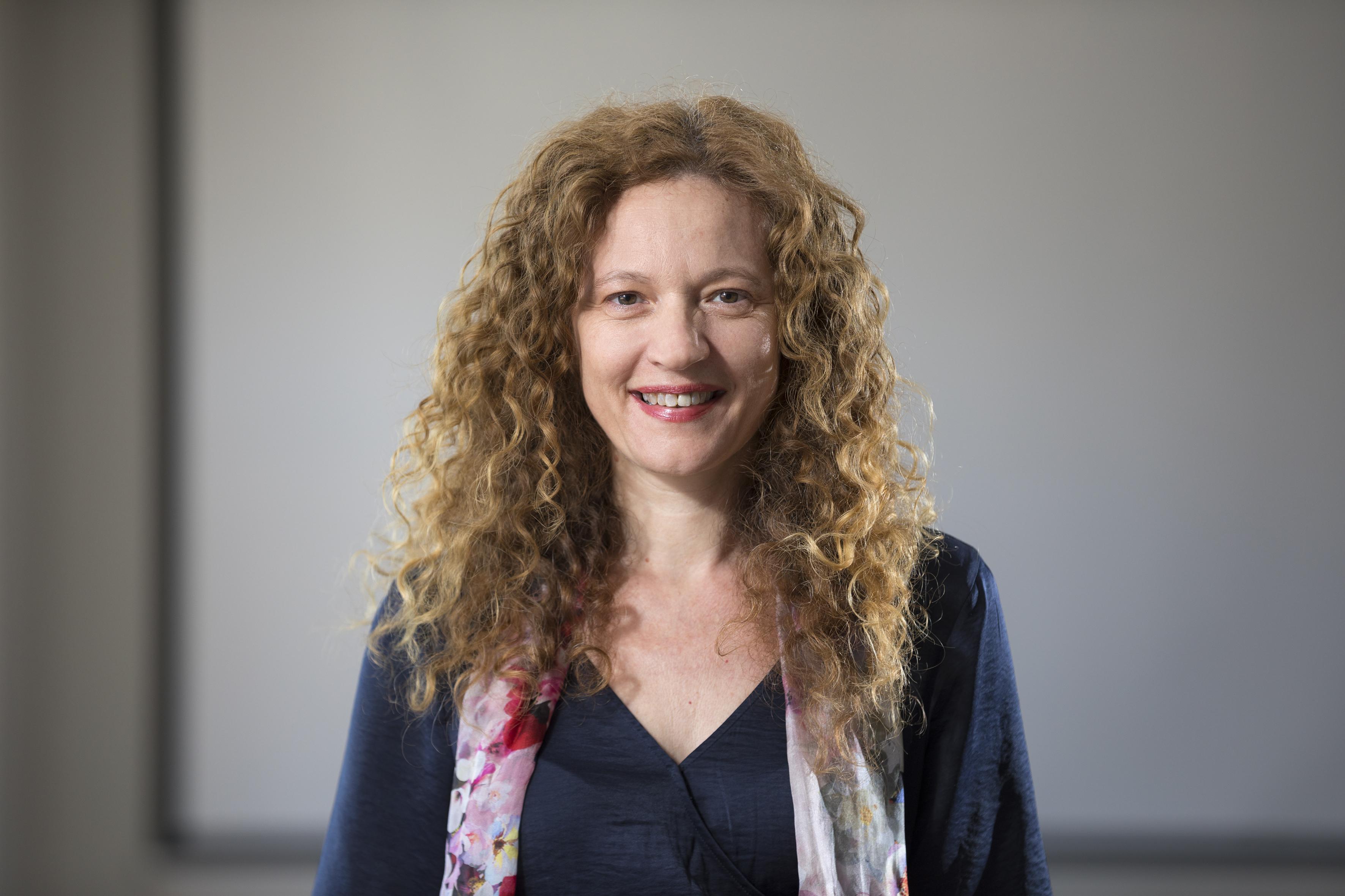 Prof. Amina Helmi